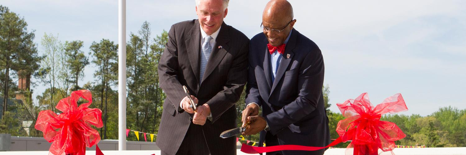 Governor McAuliffe and Dr. Crutcher Unveil Solar Array