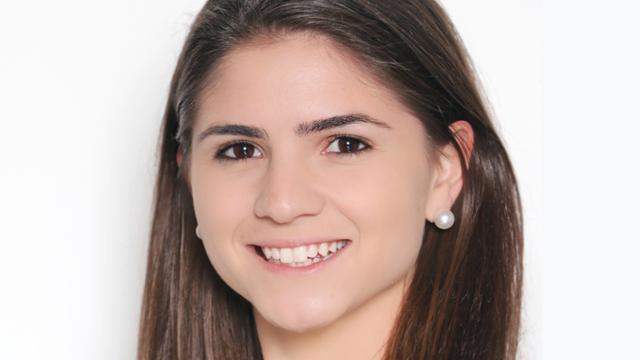Drika Bianchin, '15