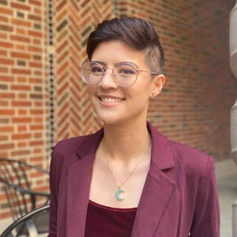 Nicole Gibson Headshot