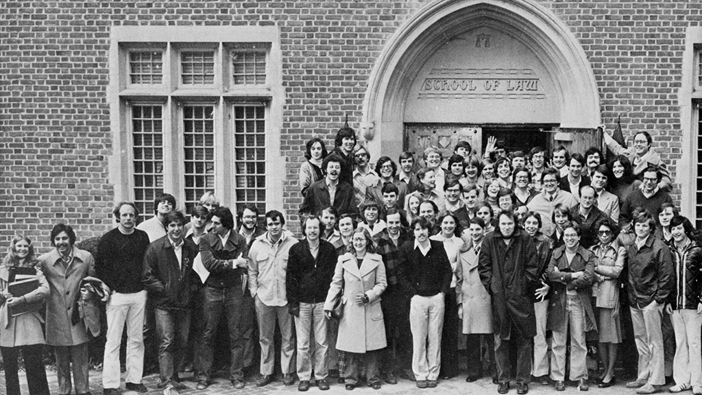 Students in front of law school in 1977