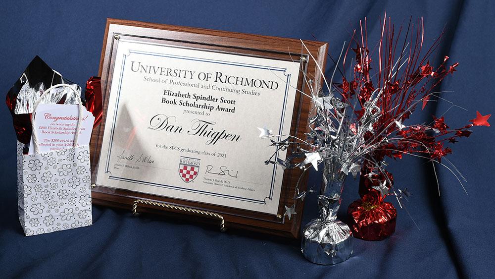 Award plaque and bag