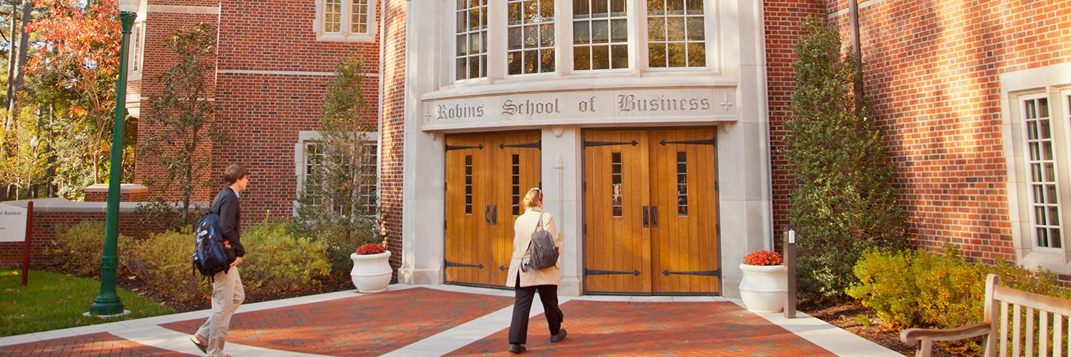 Robins School moves up six spots in 'Poets&Quants for Undergrads' rankings