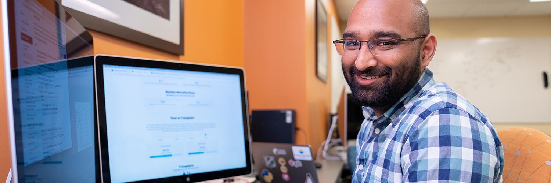 Professor's award advances liver donation policies