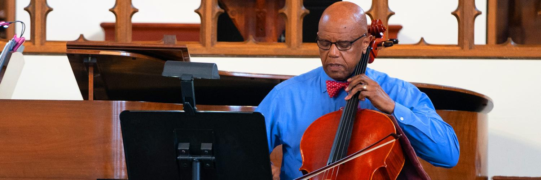 President Crutcher performs live cello concert