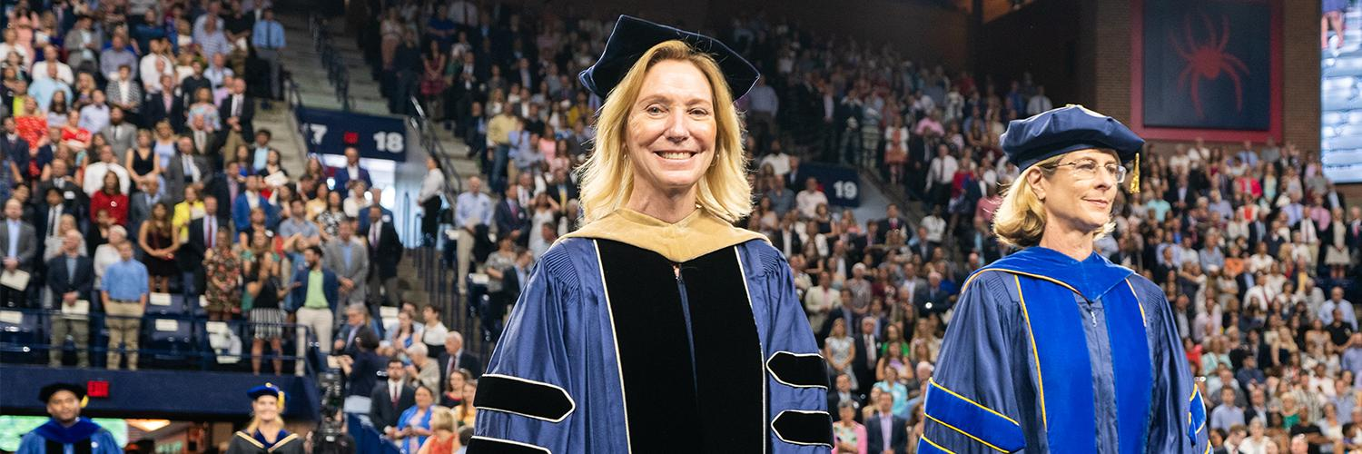 Innovative business school dean leaves behind strong legacy