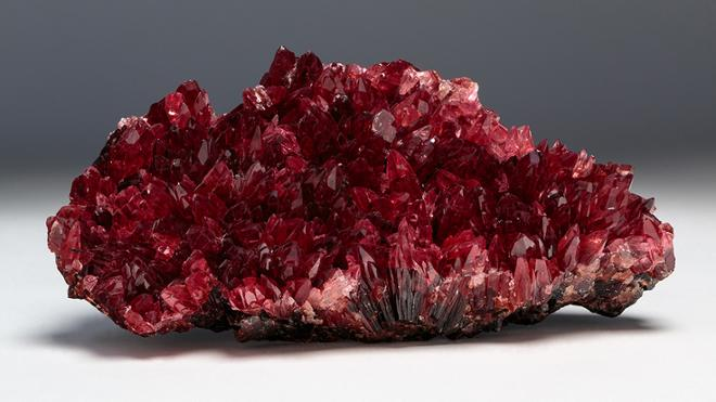 Virtual Tour - Crystals: Minerals from the Collection