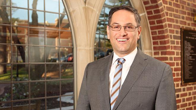 Prof. Noah Sachs