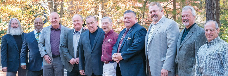 Wrestling team alumni reunite