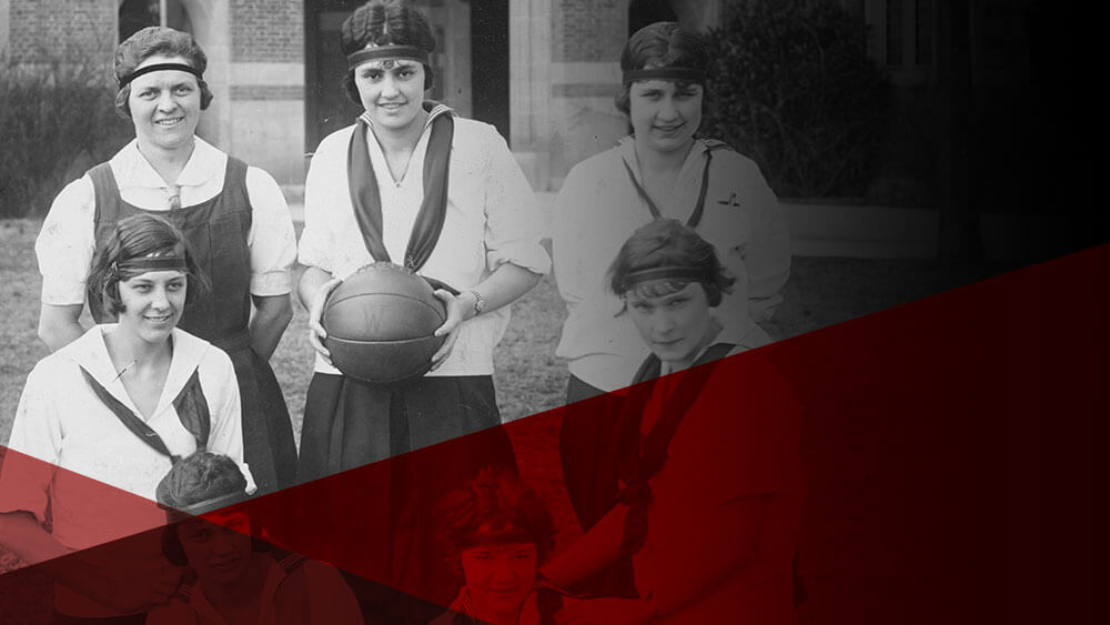 Fanny Crenshaw with women's basketball team